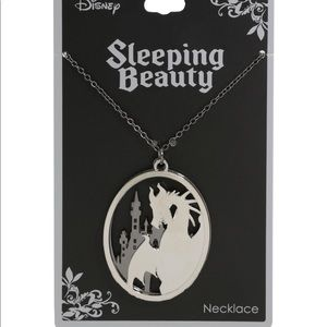 NWT Disney Sleeping Beauty Maleficent necklace